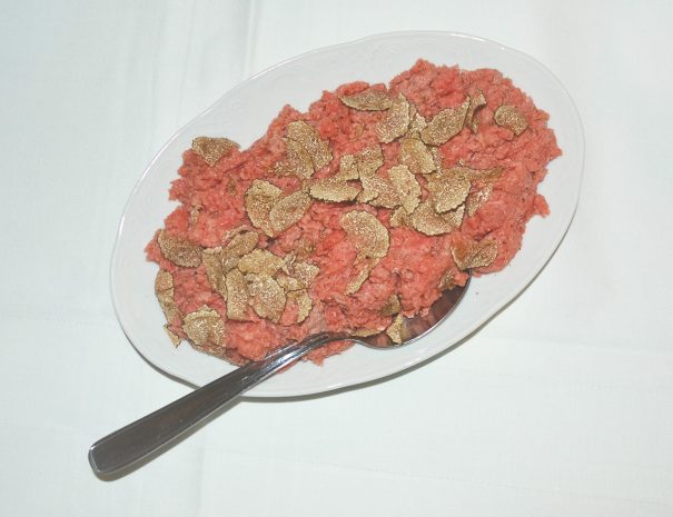 carne-cruda-01